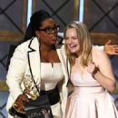 Elisabeth Moss : 69th Annual Primetime Emmy Awards - 454 x 563