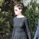 Anne Hathaway IKAR event at a Jewish community center