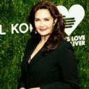 Lynda Carter – 12th Annual God's Love We Deliver 'Golden Heart Awards' in NY - 454 x 621