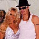 Kid Rock & Pamela Anderson - 300 x 400
