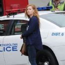Amy Adams Performs on the Set of 'Sharp Objects' - 428 x 600