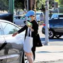 Rachel McAdams – Heading to a grocery store in Los Angeles