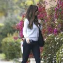 Kate Beckinsale out in Beverly Hills - 454 x 681
