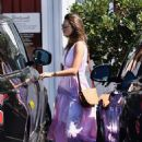 Alessandra Ambrosio – Seen while makes a stop for Mexican food in Los Angeles