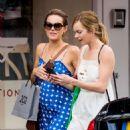 Kara and Hannah Tointon – Shopping in London - 454 x 521