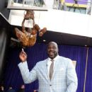 Former Los Angeles Lakers player Shaquille O'Neal speaks after unveiling of his statue at Staples Center March 24, 2017, in Los Angeles, California - 454 x 593