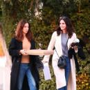 Courteney Cox – Shopping in West Hollywood
