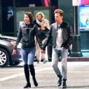 Mary Elizabeth Winstead and Ewan McGregor out in Hollywood - 454 x 491