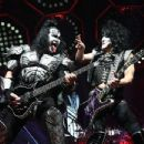 Paul Stanley of KISS performs during their End Of The Road World Tour at The Forum on February 16, 2019 in Inglewood, California - 454 x 348