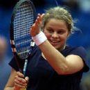 Kim Clijsters - 293 x 400