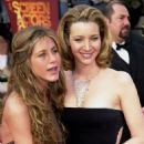 Jennifer Aniston and Lisa Kudrow - 6th Annual Screen Actors Guild Awards (2000) - 454 x 691