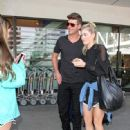 Robin Thicke is seen at LAX - 448 x 600