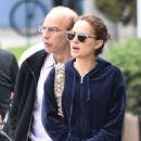 Natalie Portman – Gets breakfast in Los Feliz - 454 x 681