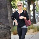 Kaley Cuoco – Arrives at a Yoga class in Sherman Oaks - 454 x 681