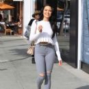 Mara Teigen in Ripped Jeans – Out in Beverly Hills - 454 x 636