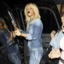 Blonde Rihanna Parties It Up At Palms Nightclub