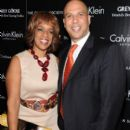 Gayle King and Cory Booker - 395 x 594