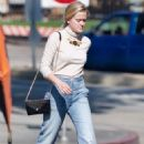 Ava Phillippe – Shopping in Brentwood - 454 x 681