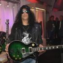 Slash  at the Las Vegas Convention Center on January 9, 2018 in Las Vegas, Nevada - 454 x 358
