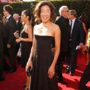 Sandra Oh, 59 Emmy Awards, 2007-09-16 - 454 x 739