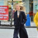 Gwyneth Paltrow – Out and about in New York City
