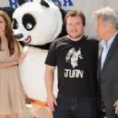 Angelina Jolie - Kung Fu Panda 2 Photocall - Cannes Film Festival (May 12, 2011) - 454 x 310