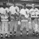 Minnie Minoso, Jim Landis, Luis Aparicio & Nellie Fox Showing Their 1959 Golden Glove Awards - 454 x 424