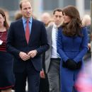 Catherine, Duchess of Cambridge, Prince William Windsor visit Dundee on October 23, 2015 - 386 x 600