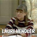 Lauri Hendler - 454 x 340