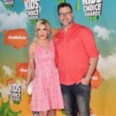 Tori Spelling and actor Dean McDermott: Nickelodeon's 2016 Kids' Choice Awards - Arrivals