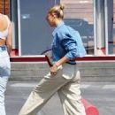 Hailey Baldwin – Shopping at Maxfield's in Beverly Hills