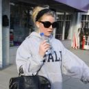 Jessica Simpson in leggings leaving a gym in Los Angeles - Feb 24, 2011