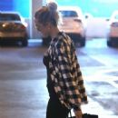Kristin Cavallari – Pictured at LAX - 454 x 681