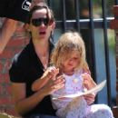 Jennifer Garner And Daughter Out In Santa Monica May 31, 2010