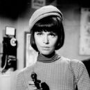 Barbara Feldon as Agent 99 in Get Smart - 454 x 599
