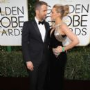Ryan Reynolds and Blake Lively : 74th Annual Golden Globe Awards - 403 x 550