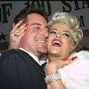 Anna Nicole Smith and Howard K. Stern - 320 x 240