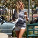 Sienna Miller - At Starbucks - August 11 2008