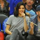 Kendall Jenner–Los Angeles Clippers and the Philadelphia 76ers Game in LA - 454 x 302