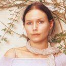 Nina Persson - 454 x 307