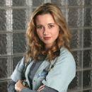 Linda Cardellini as Samantha Taggart in ER - 450 x 676