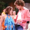 Kelly (Kelly Clarkson) and Justin (Justin Guarini) celebrate their new relationship at the final party/dance of Spring Break.