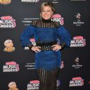 Kelly Clarkson – 2018 Radio Disney Music Awards in Hollywood - 454 x 630