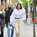 Kendall Jenner – Out with friends in New York