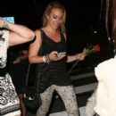 Haylie Duff: leaving the Bootsy Bellows nightclub in West Hollywood - 408 x 594