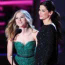 Scarlett Johansson & Sandra Bullock - 2010 MTV Movie Awards