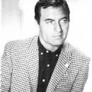 George Montgomery - 454 x 597