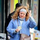 Melissa McCarthy – Filming 'The Kitchen' in NYC - 454 x 637