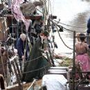 Eleanor Tomlinson – Filming 'Poldark' in Charleston - 454 x 323