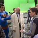Director BRYAN SINGER, right, directs BRANDON ROUTH, left, who plays Superman, and KEVIN SPACEY, who plays his nemesis Lex Luthor in Warner Bros. Pictures' and Legendary Pictures' action adventure Superman Returns. Co-writer MICHAEL DOUGHERTY